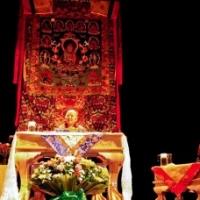 Jetsün Khandro Rinpoche teaching in Mexico City, July 2012.
