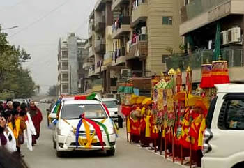 The Kudung procession arrives in New Delhi