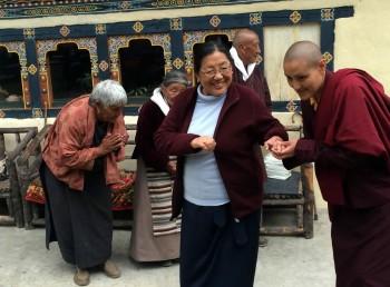 Kunga la's family welcomes Mindrolling Sangyum Kushog to their home..