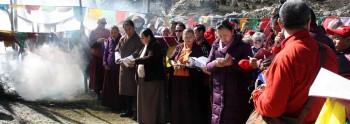 Mindrolling Jetsun Khandro Rinpoche, Mindrolling Jetsun Dechen Paldron and Mindrolling Sangyum Kushog during the sang at Pelela Pass.
