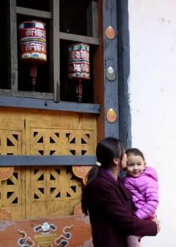 Jetsün Rinpoche and Jetsün Dechen Paldron at Jampa'i Lhakhang.