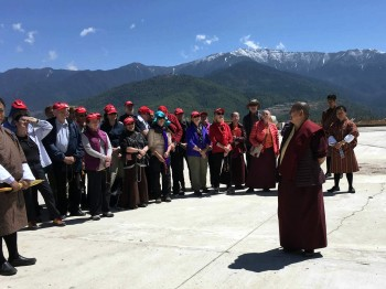 Rinpoche with group members at Kunsel Phodrang.