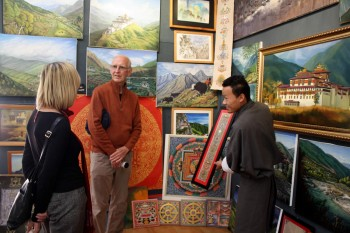 Looking at art in a Thimpu gallery.