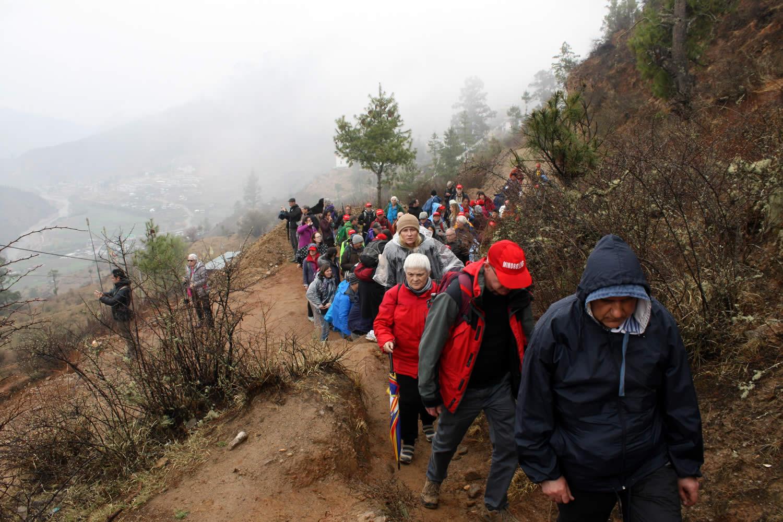 Climbing to Drak Karpo.