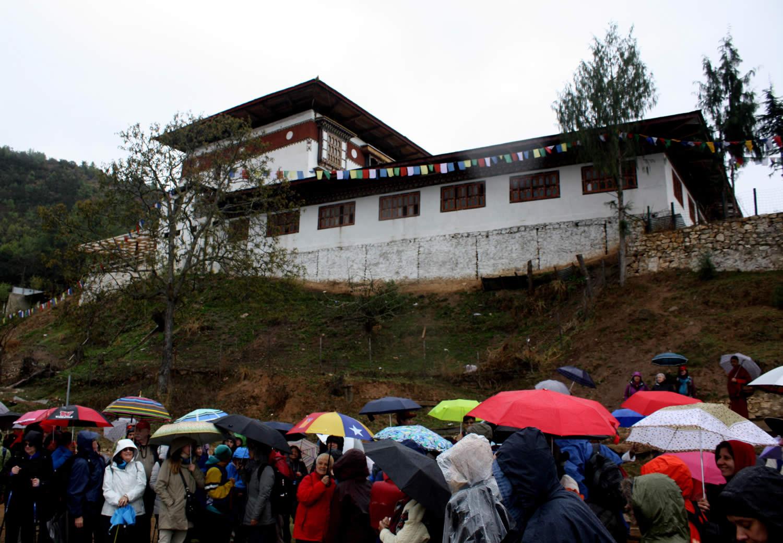 Group members gather below Kila Gompa at the foot of the Drak Karpo site.