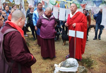 Jetsün Khandro Rinpoche and the abbot at Drak Karpo.