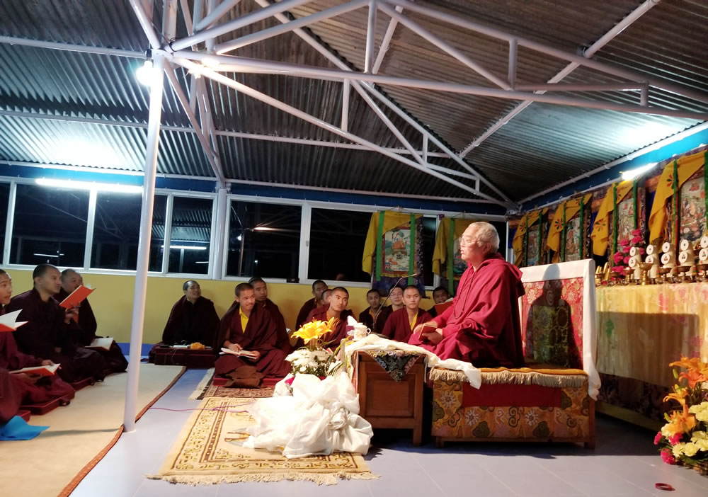 Venerable Dagpo Rinpoche teaching the monks and nuns