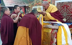 Tenzhug ceremony for HE Khochhen Rinpoche